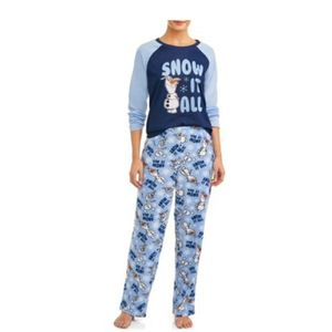 Disney Frozen 2 pajama set